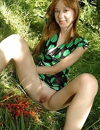 You Wont Believe Your Eyes On Seeing Sweet Teen Pose Outdoors, Because Her Fresh Body Is So Attracti