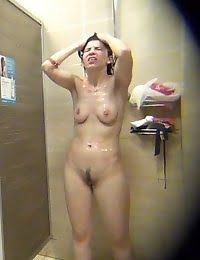 Sharing public showers can be really fun with these cuties
