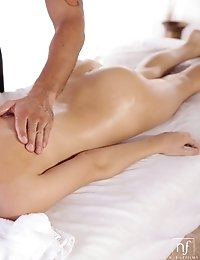 Redhead Newcomer Maci Winslett Gets A Wet Massage And Then Repays The Favor With A Juicy Blowjob And
