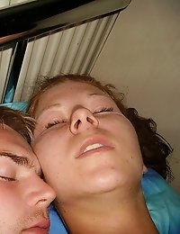 Teen couple having sex and making some hot pics